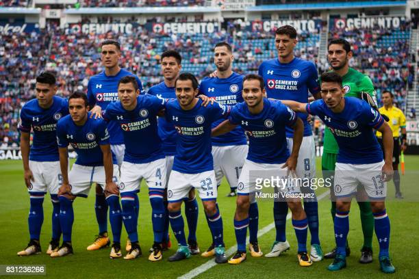 Photo team of Cruz Azul during the 4th round match between Cruz Azul and Chivas as part of the Torneo Apertura 2017 Liga MX at Azul Stadium on August...