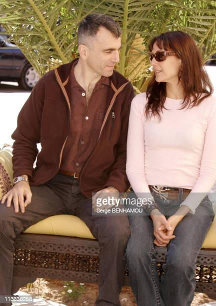 Photocall Daniel DayLewis And Rebecca Miller In Marrakech On November 18Th 2005 In Marrakech Morocco Here Daniel DayLewis And Rebecca Miller