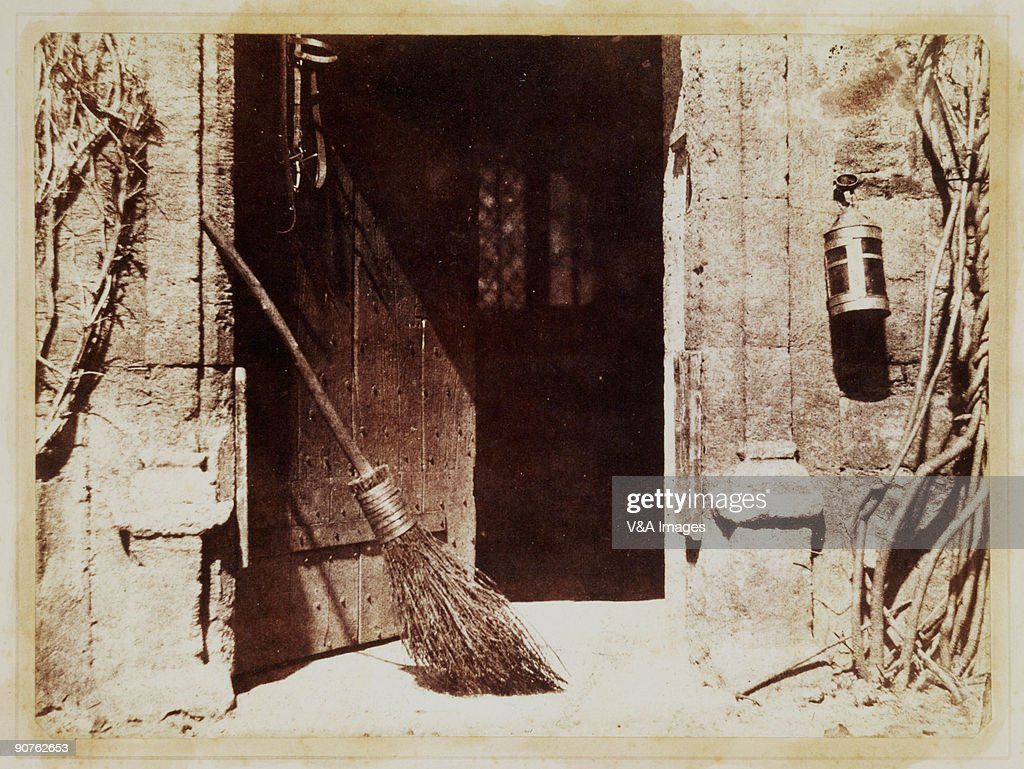 Very Impressive portraiture of Photograph by William Henry Fox Talbot (1800 1877). Talbot invented  with #2B1410 color and 1024x769 pixels