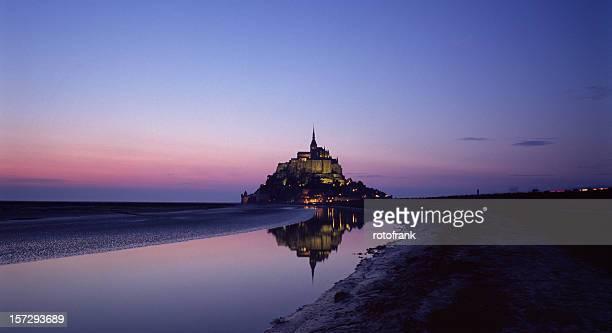 Photograph of Mont Saint Michel at dusk