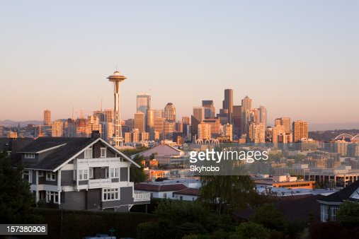 Photograph of Seattle from the outskirts at dusk