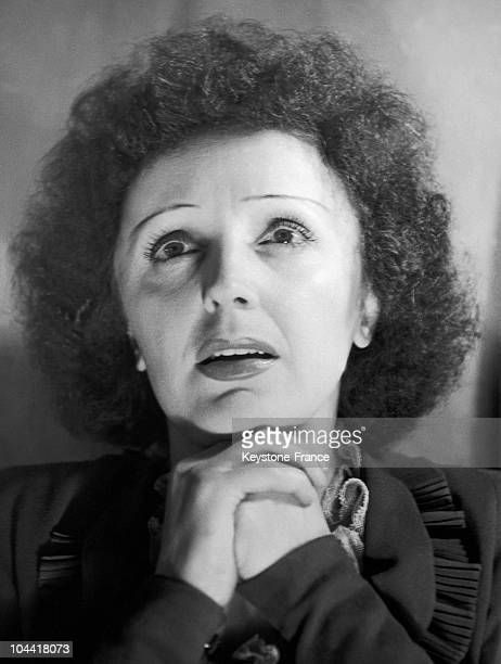 Photograph of the French singer Edith Piaf in the 50's