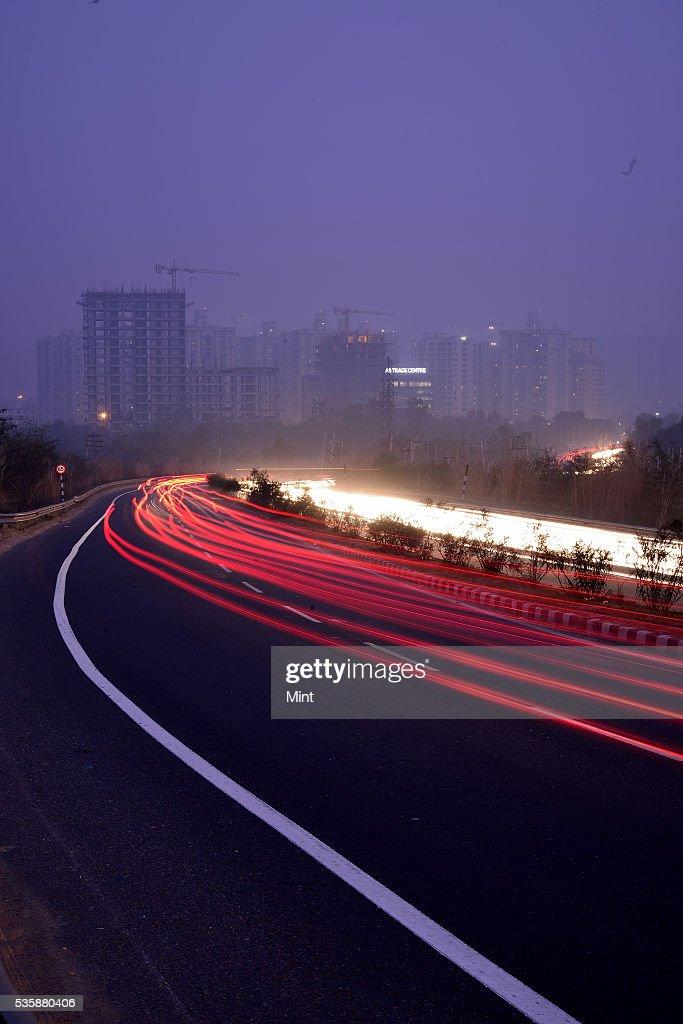Photograph showing Gurgaon-Faridabad Highway on December 11, 2015 in GURGAON, India.