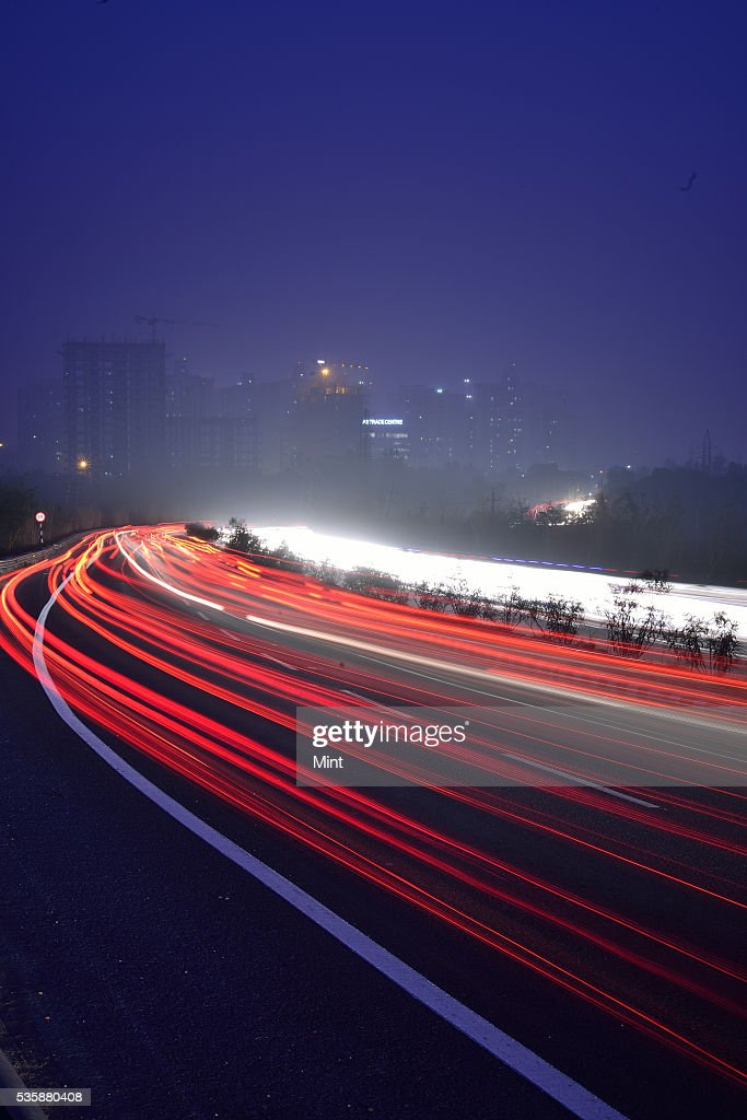 Photograph showing Gurgaon-Faridabad Highway on December 11, 2015 in GURGAON, India.