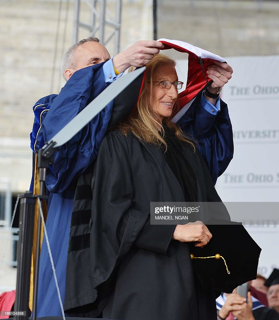 Photographer Annie Leibovitz receives an honorary degree during the commencement ceremony at Ohio State University on May 5, 2013 in Columbus, Ohio. AFP PHOTO/Mandel NGAN
