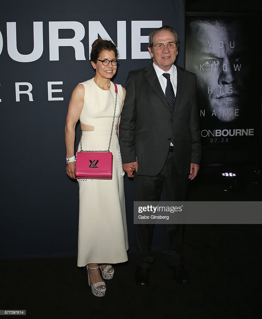 Photographer Dawn LaurelJones and her husband actor Tommy Lee Jones attend the premiere of Universal Pictures' 'Jason Bourne' at The Colosseum at...