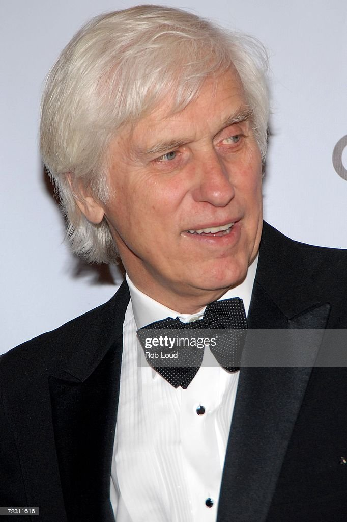 Photographer Douglas Kirkland arrives for the 4th Annual Lucie Awards at the American Airlines Theatre October 30, 2006 in New York City.