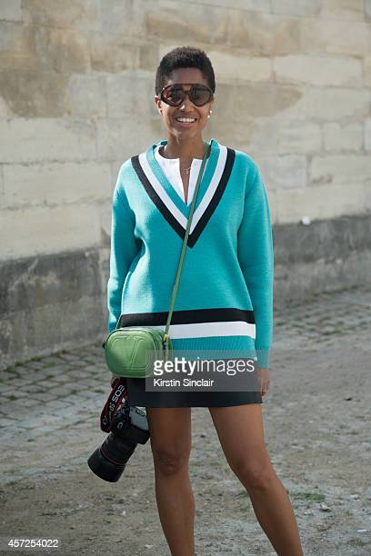 Black Women In Short Skirts Stock Photos and Pictures | Getty Images