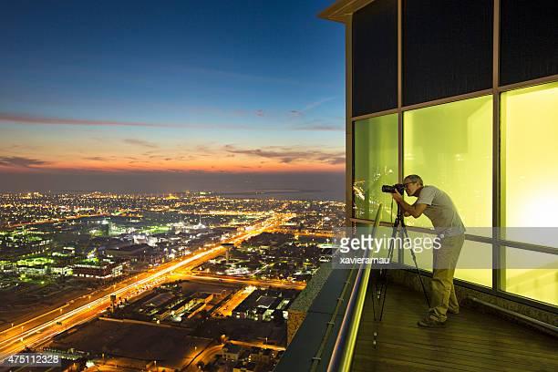 Photographer working in Dubai