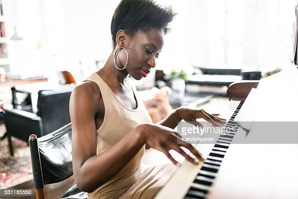Photographier la Femme jouant du piano