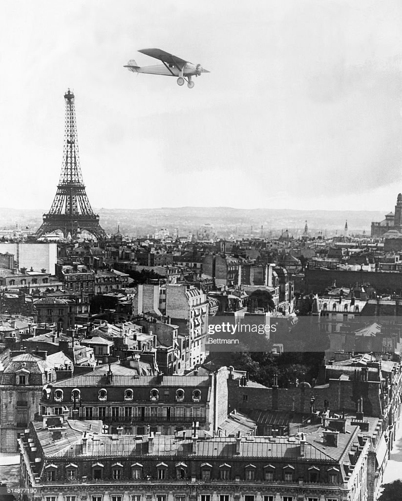 On this day in 1927 charles lindbergh lands in paris for Flights ny to paris