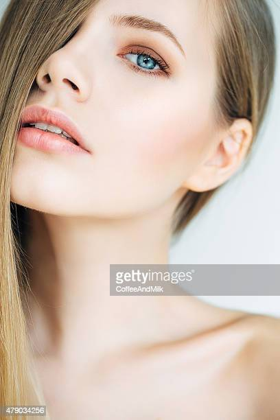 Photoshot of young beautiful woman
