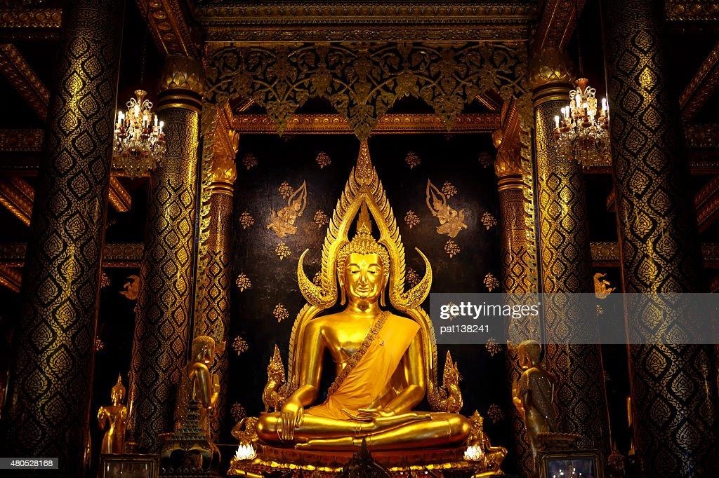Phra Buddha Chinnarat : Stock Photo