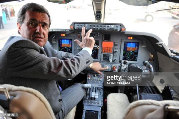 piaggio aero p.180 avanti ii captain car pictures | getty images