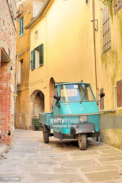 Piaggio y Ape 50 Scooter-based vehículo