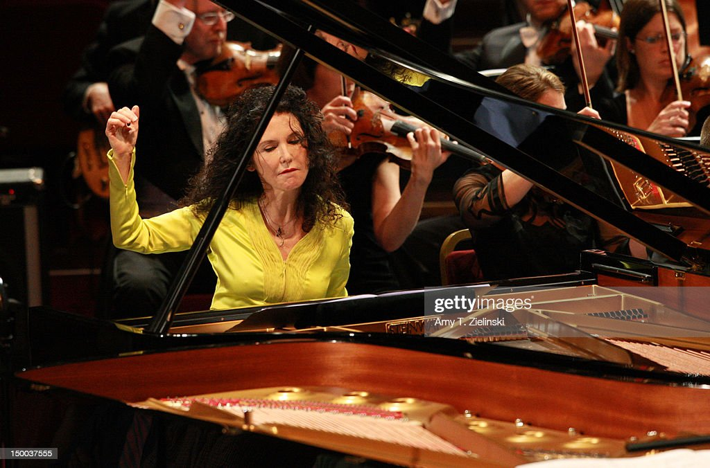 BBC Proms 34: Pianists Katia & Marielle Labeque Perform With BBC Symphony Orchestra