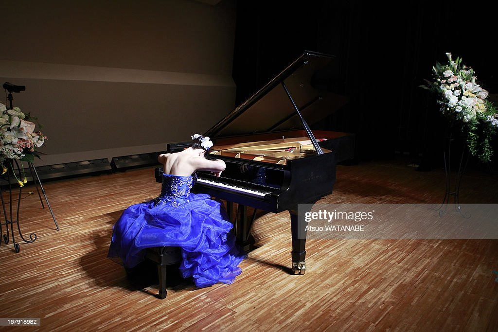 Pianist on Stage for Rehearsal : Stock Photo