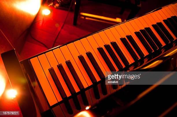 piano in a pianobar