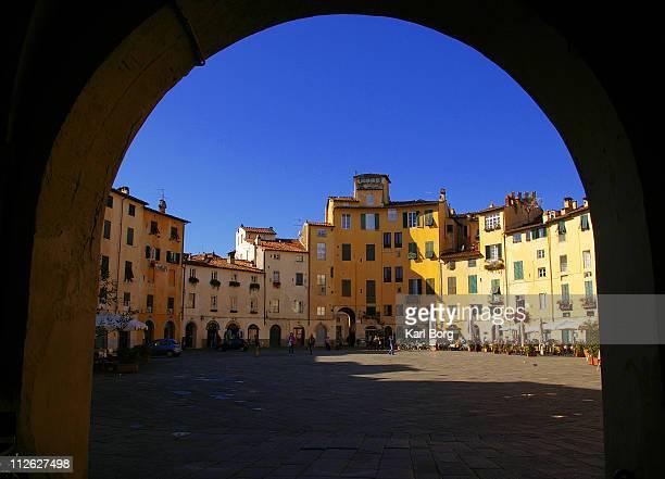 Piazza dell' Anfiteatro