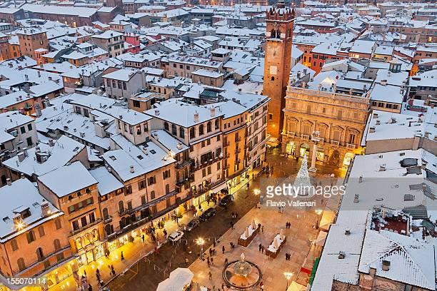Piazza delle Erbe in Verona Weihnachten,