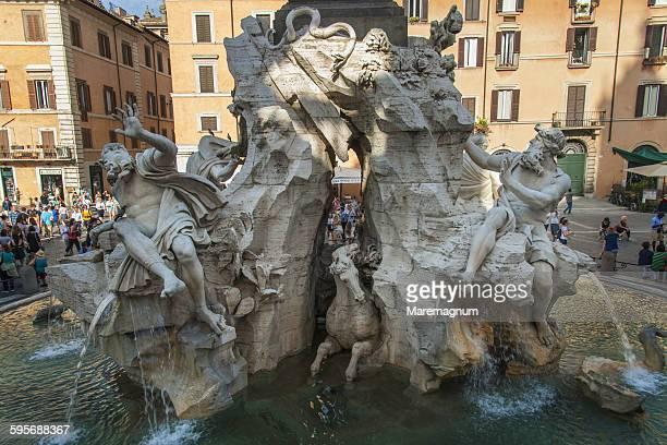 Piazza (square) Navona, Fontana dei Quattro Fiumi