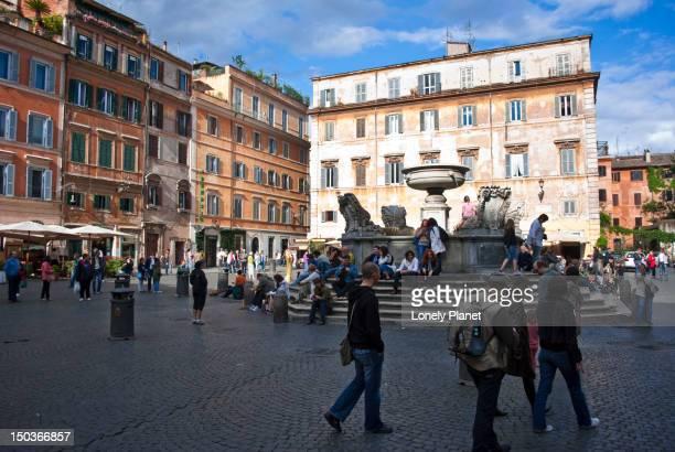 Piazza Santa Maria in Trastevere.