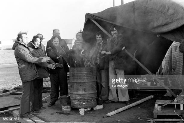 Pickets keeping warm outside the main entrance of Felixstowe docks as the unofficial lorry driver's dispute continues its stranglehold on the...