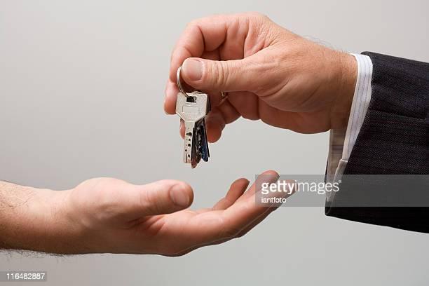 Heben Sie die Schlüssel