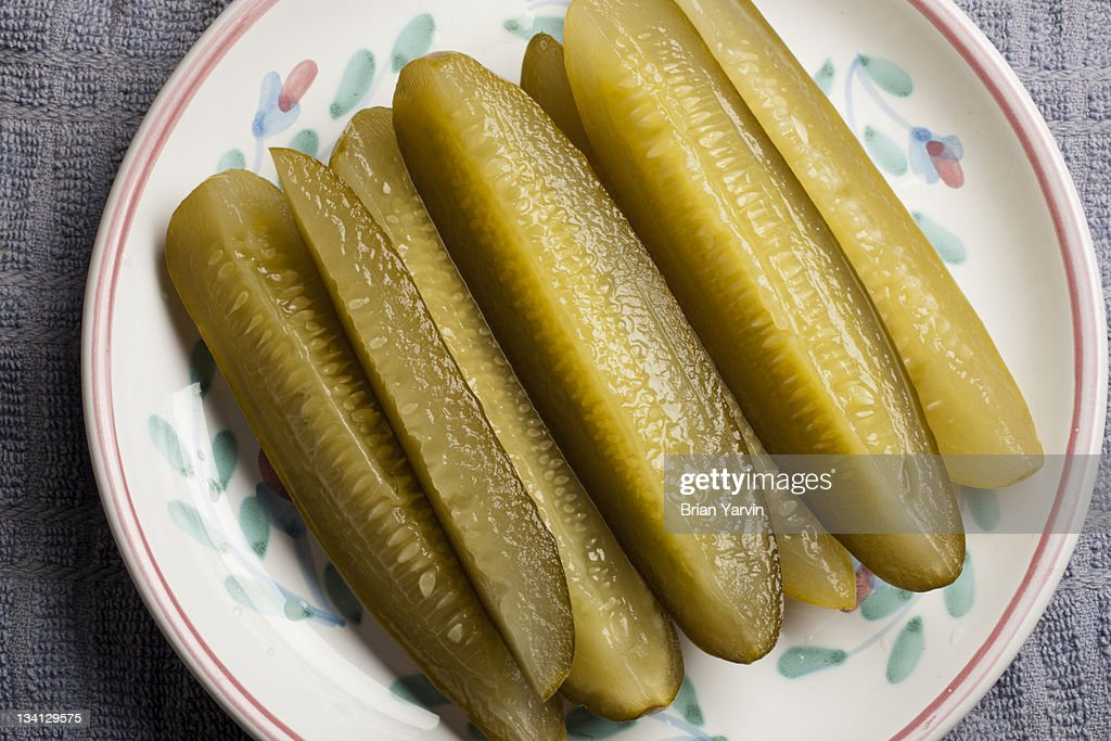 Pickle wedges : Stock Photo