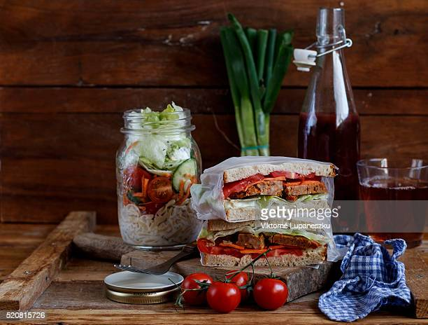 Picnic vegetable and meat senwiches
