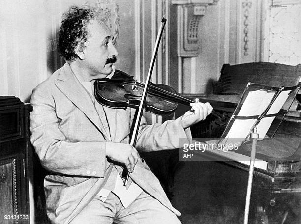 Picture dated 1931 of Germanborn SwissUS physicist Albert Einstein author of theory of relativity awarded the Nobel Prize for Physics in 1921 playing...