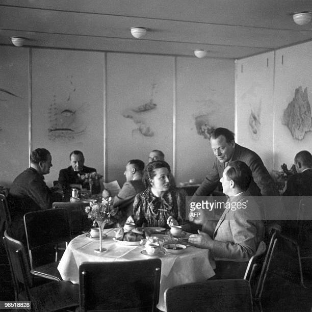 Picture dated April 1936 of the dining room of the German giant zeppelin 'Hindenburg' Pride of the German Third Reich the Hindenburg the largest...