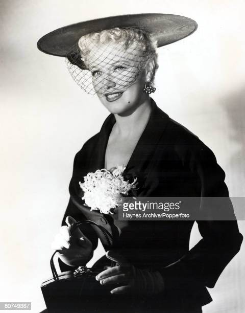 1946 A picture of American film actress Ginger Rogers