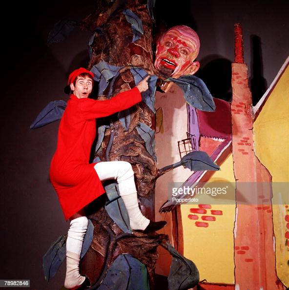 1968 A picture of British actor and comedian Jim Dale in a scene from the pantomime 'Jack and the Beanstalk'