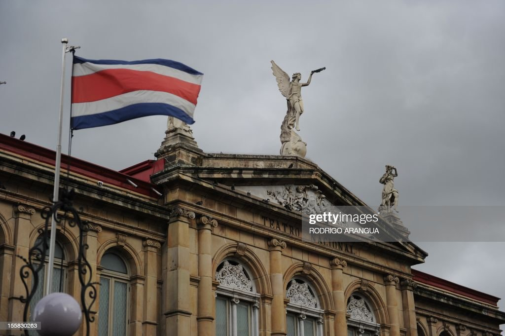 Picture of the National Theatre in downtown San Jose, Costa Rica, taken on November 8, 2012. AFP PHOTO/Rodrigo ARANGUA /