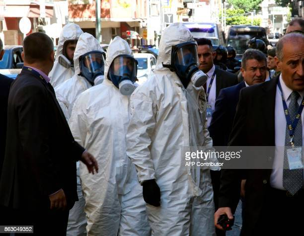 Picture released by Noticias Argentinas showing forensic personnel arriving on October 19 2017 at the judiciary morgue in Buenos Aires with the body...