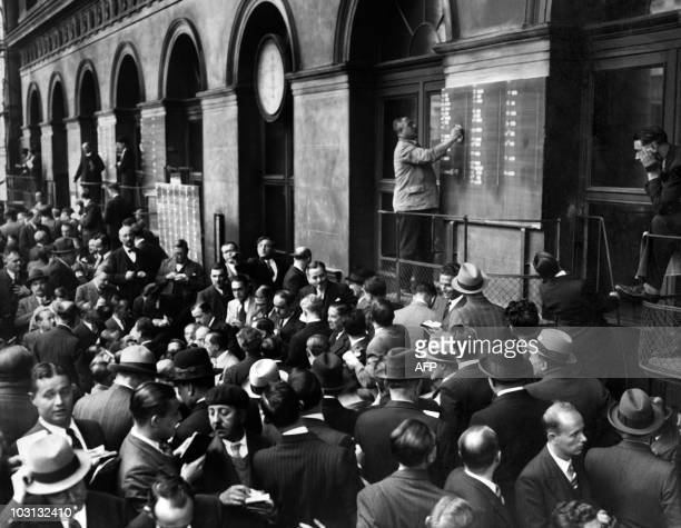 Picture released on October 1936 of traders working on the quotation board at the Stock Exchange in Paris
