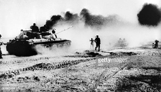 Picture released on October 22 1980 of Iraqi troops riding in Sovietmade tanks trying to cross the karun river Northeast of Khorramshahr in Iraq...