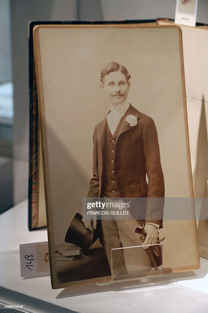 A picture shows a photograph of Willie Heath, a friend of French writer marcel Proust, during the presentation of Proust's personal archives ahead of an auction at Sotheby's in Paris, on May 30, 2016. / AFP / FRANCOIS