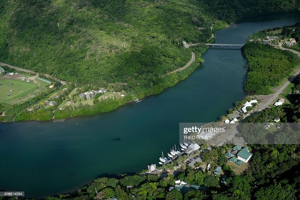 A picture shows an aerial view of Hienghene on April 30, 2016, during a visit by the French prime minister to the French Pacific territory of New Caledonia. / AFP / Th��o Rouby