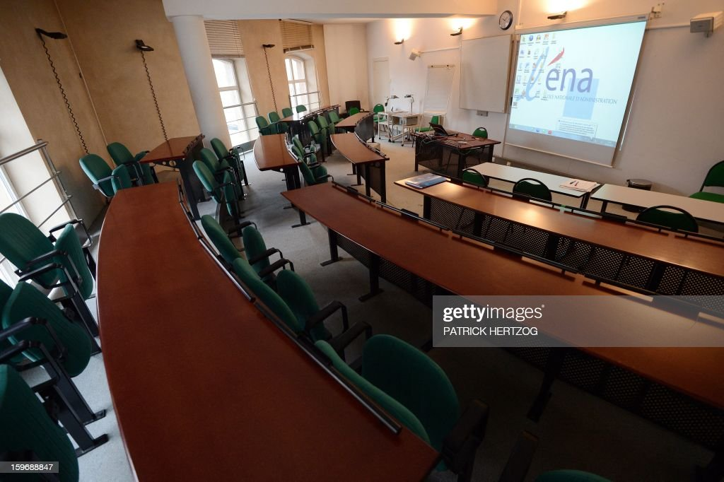 SIMON - A picture shows an empty conference room at the Ecole Nationale d'Administration (National School of Administration) (ENA) on January 14, 2013 in Strasbourg, eastern France. The National School of Administration, the most prestigious of French graduate schools was created in 1945 by Charles de Gaulle to democratise access to the senior civil service. AFP PHOTO / PATRICK HERTZOG