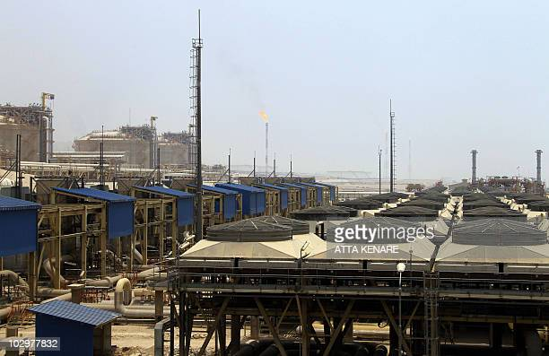 A picture shows phase 15 and 16 of South Pars gas field development in the southern Iranian port town of Asaluyeh on July 19 2010 as a top official...