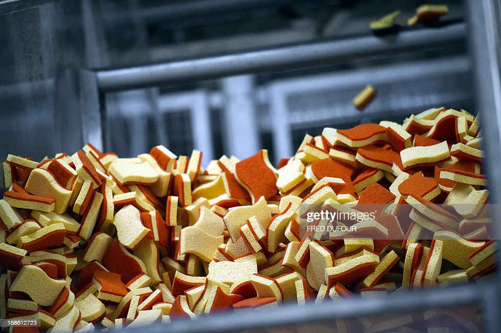 Picture shows sponges at the factory of French sponge brand Spontex on December 19, 2012 in Beauvais. AFP PHOTO / FRED DUFOUR