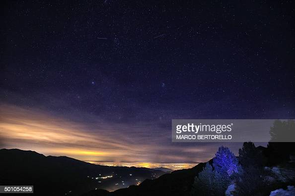 M t ore photos et images de collection getty images - Meteore et meteorite ...