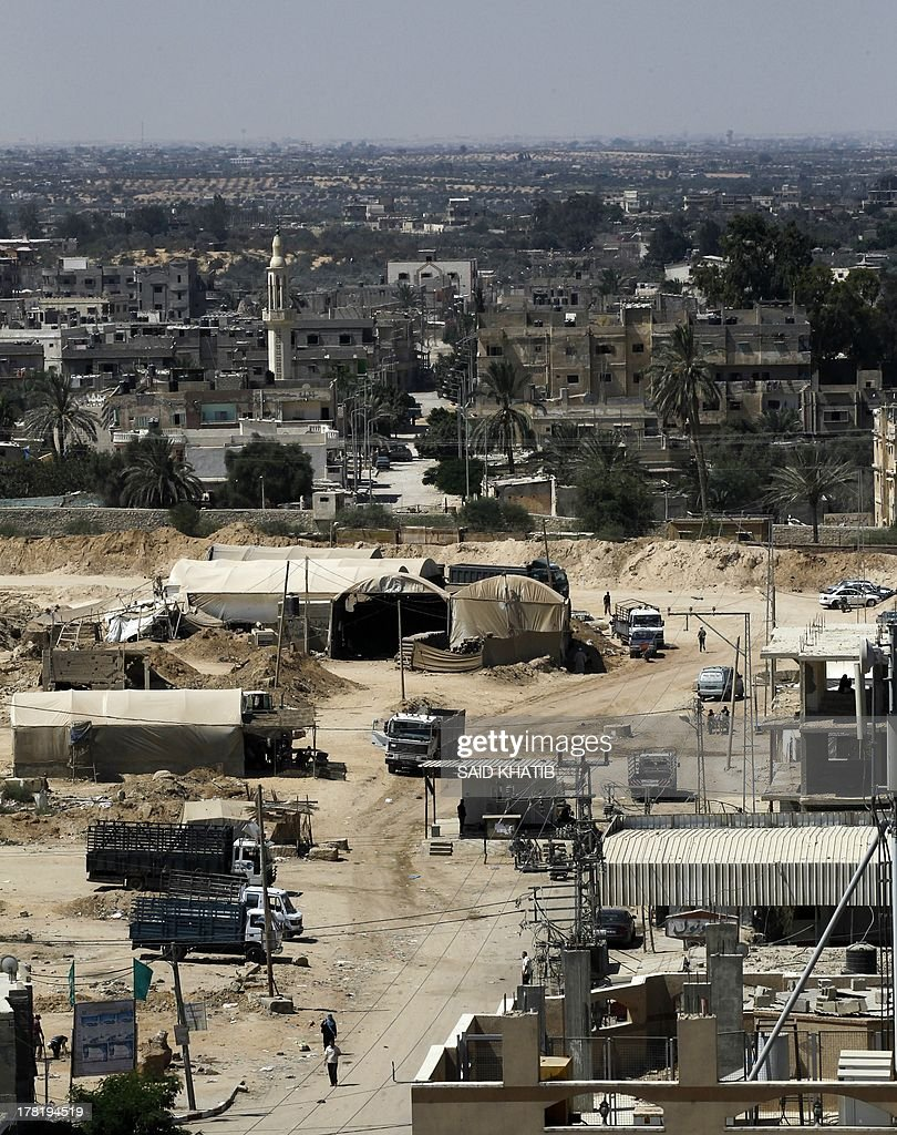 A picture shows tents covering entrances to smuggling tunnels along the Gaza-Egypt border, near the southern Gaza Strip town of Rafah on August 27, 2013. Egyptian security forces have stepped up a crackdown campaign on smuggling tunnels between Egypt and the Gaza Strip since July, Hamas officials said.