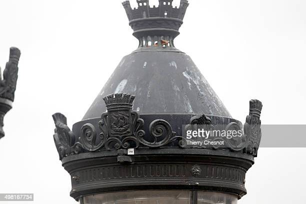 A picture shows the arms of the City of Paris crenellated towers Fleur de Lys and boat on the Paris city's street lights at 'place de la Concorde' on...