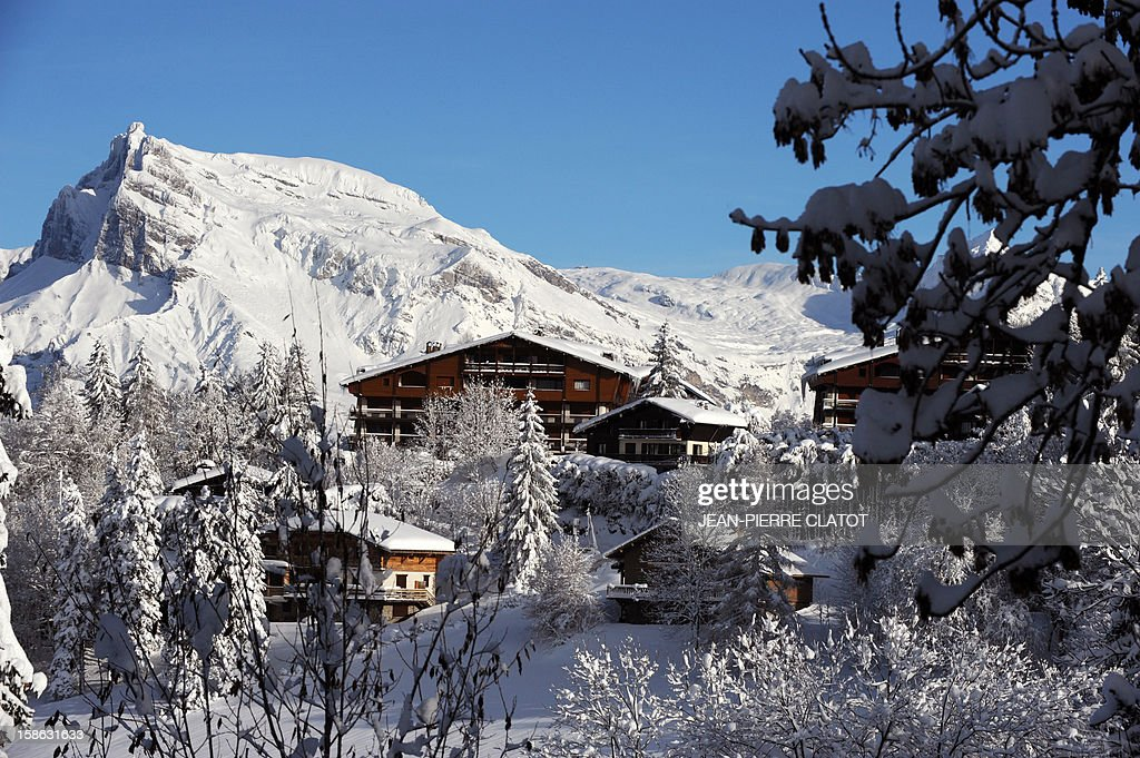 EMONET - A picture shows the Mont d'Arbois district in the French luxury ski ressort of Megeve, French Alps, on December 19, 2012, where several personality own residence. AFP PHOTO / JEAN-PIERRE CLATOT