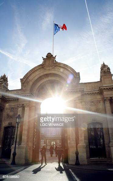 A picture taken 03 February 2008 shows the entrance of the Elysee Palace in Paris French President Nicolas Sarkozy and his girlfriend Carla Bruni...