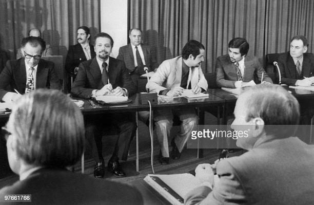 Picture taken 08 October 1973 in Vienna showing the beginning of the negotiations between the Organization of Petroleum Exporting Countries and the...
