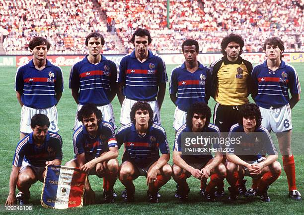 Picture taken 19 June 1984 in Nantes western France of the French national soccer team posing before the start of its European Nations soccer...